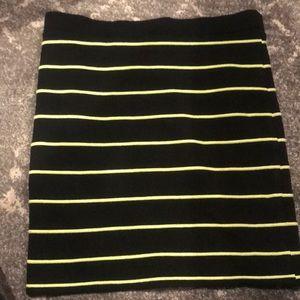 Women's black and lime green skirt